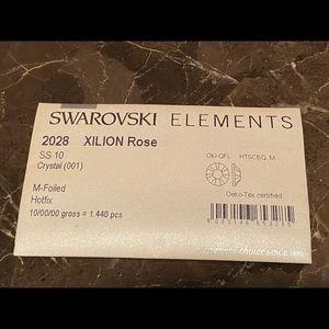 Authentic Swarovski Elements Crystals ss10 Hotfix